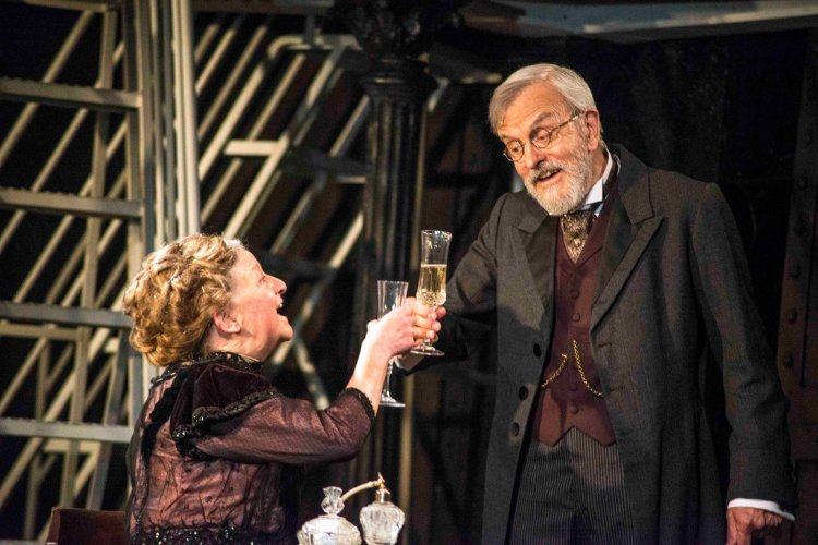 Judith Street as Ida Straus and Dudley Rogers as Isidor Straus