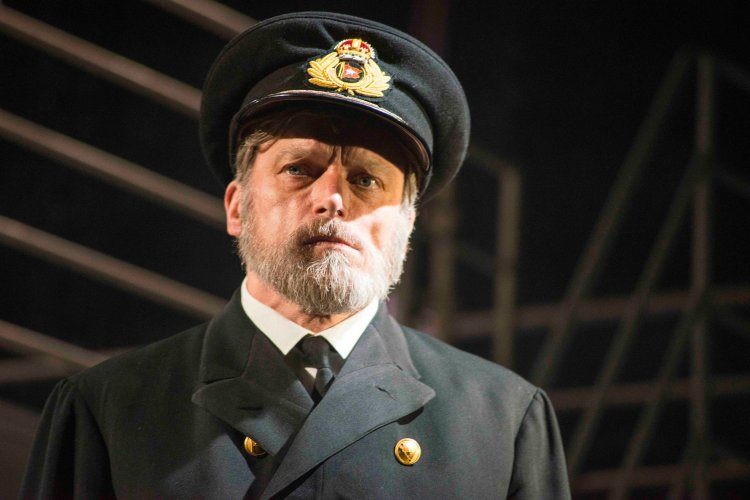 Philip Rham as Captain Smith