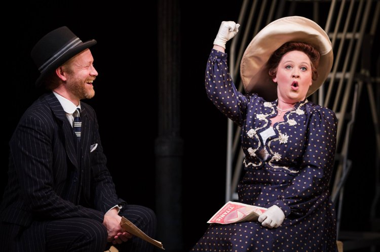 Peter Prentice as Edgar Beane and Claire Machin as Alice Beane